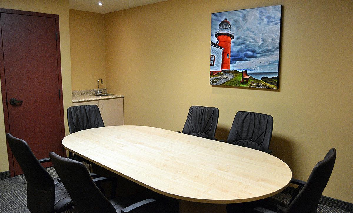 Business Suite Boardroom Area